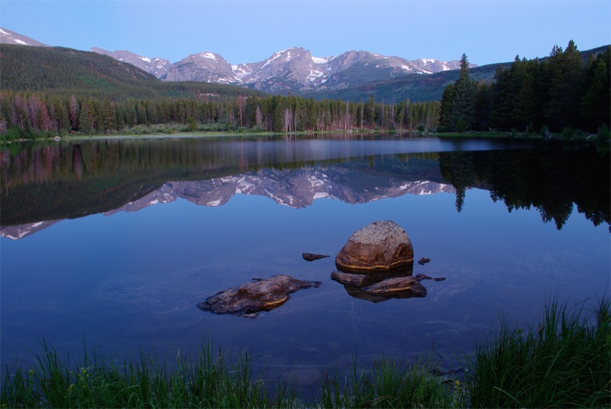 beautiful-lake-rocky-mountains-colorado