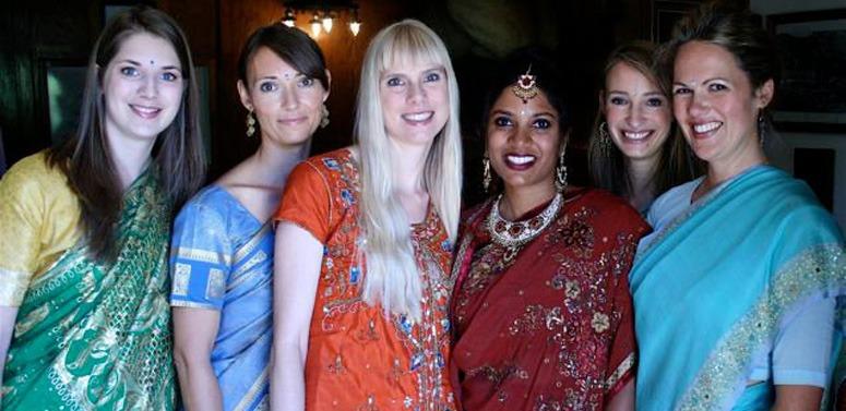 women-group-india-travel